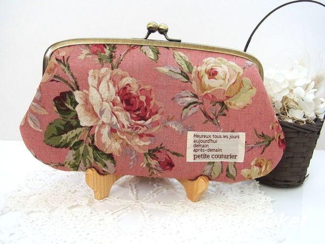 大きな薔薇の親子がま口長財布(ピンク)