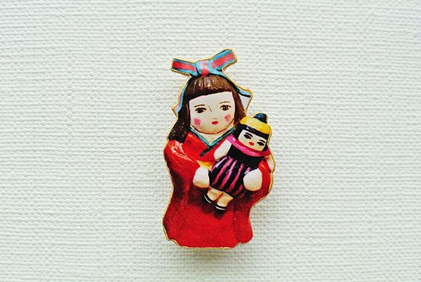 お人形さんと着物乙女ブローチ