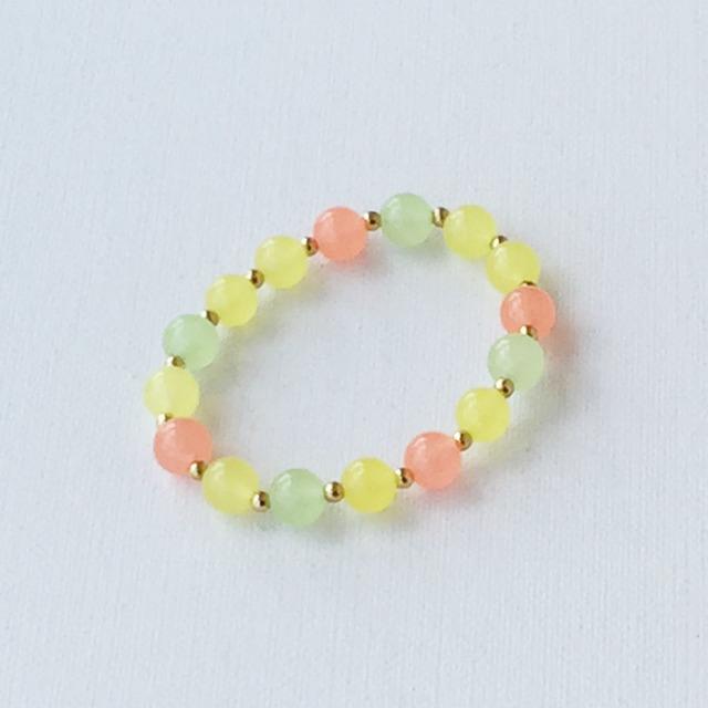 Round bead bracelet Coral コーラルピンクのゴムブレスレット