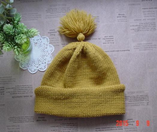 ☆彡揺れるタッセル付knit帽子(マスタード色)
