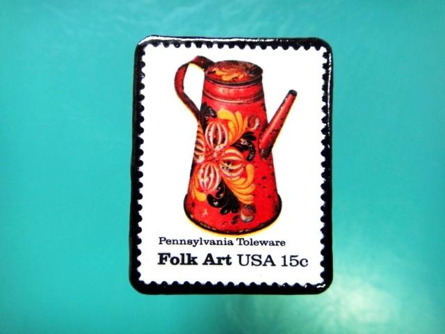 アメリカ「フォークアート」切手ブローチ 086