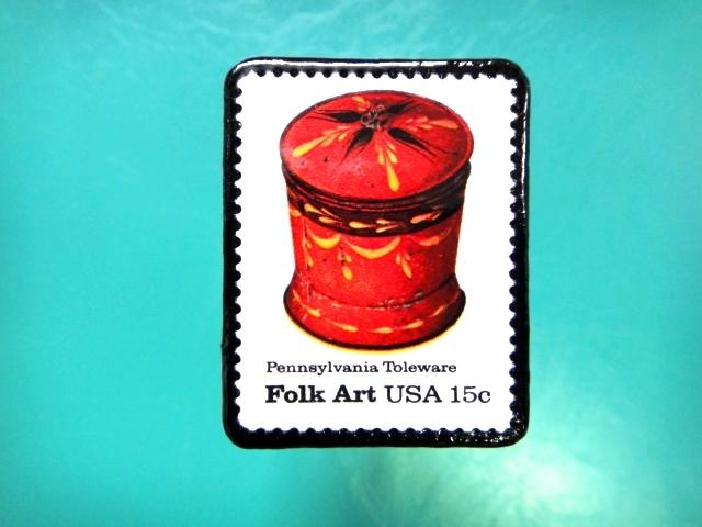 アメリカ「フォークアート」切手ブローチ 087