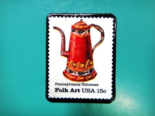 アメリカ「フォークアート」切手ブローチ 088