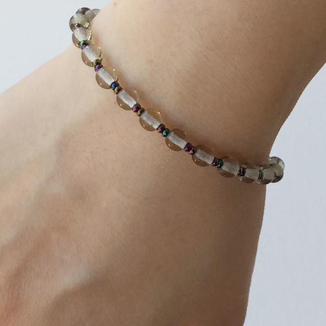 Round bead bracelet  Gray ラウンドビーズのブレスレット