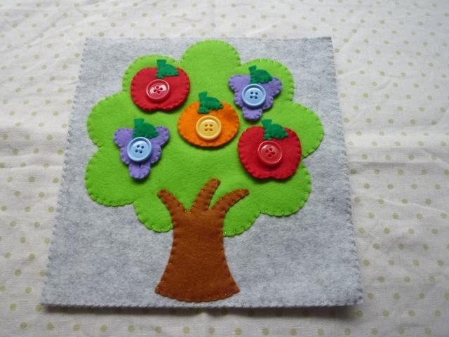 <再販12>フルーツツリーのボタン(りんごボタン赤)