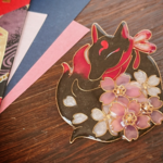 夜桜のお狐様ブローチ黒狐〜暗紅〜(Brooch of fox night at cherryblossom〜dark crimson〜)