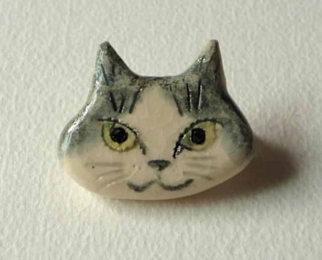 ネコネコ陶ブローチ-ちび
