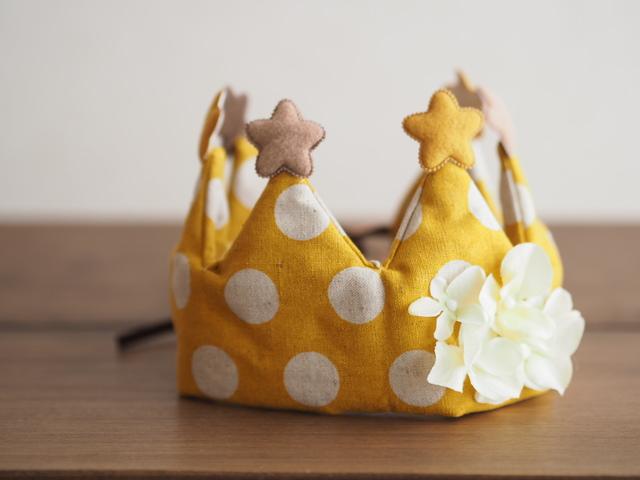 記念日に王冠イエロー◇赤ちゃんとキッズのためのアクセサリー
