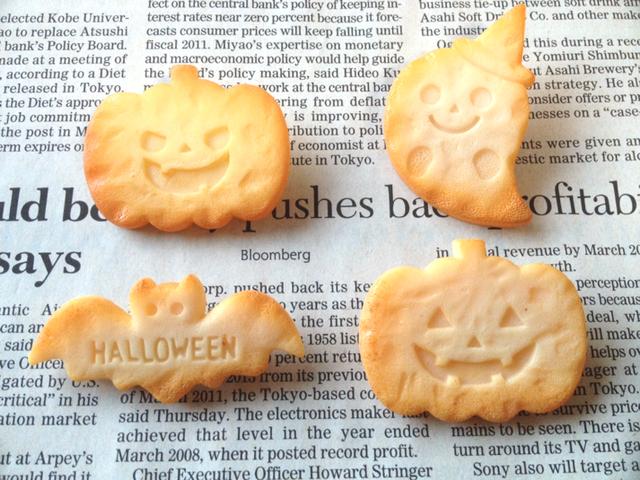 ハロウィンのクッキー風ブローチ