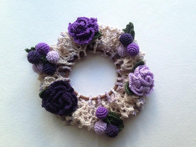 ♪ブドウとバラのシュシュ かぎ針編みで♪