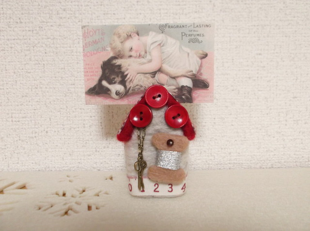 SALE 羊毛フェルト ハウス型カード立て 赤