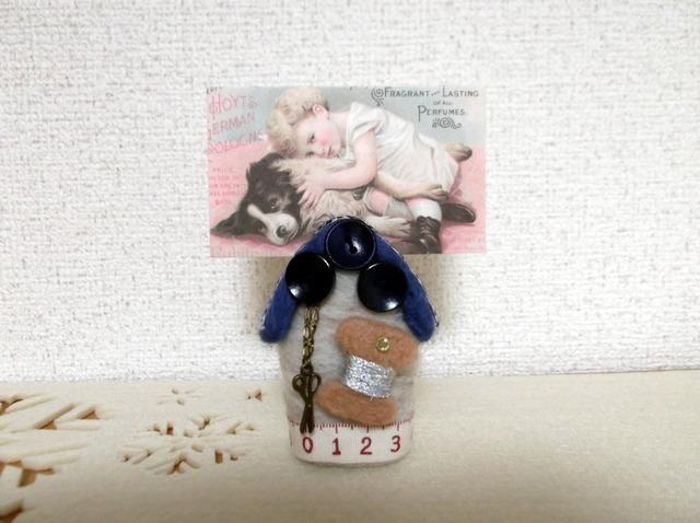 SALE 羊毛フェルト ハウス型カード立て 青
