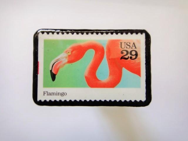 アメリカ 「フラミンゴ切手ブローチ094