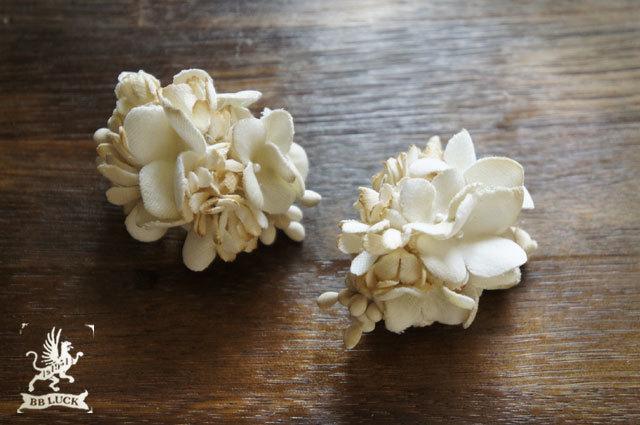 earring  【 布花イヤリング * white 】