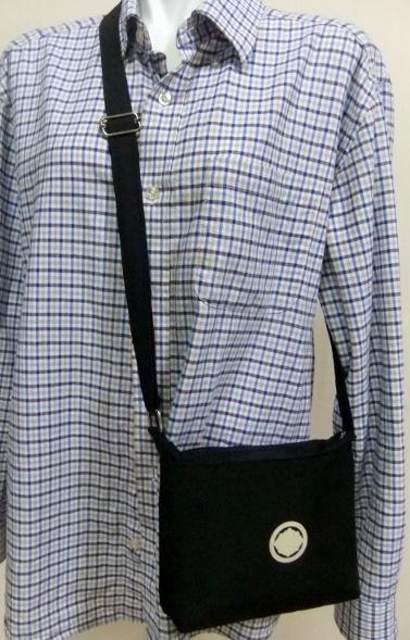 着物リメイク 黒の羽織で作ったポシェット 608