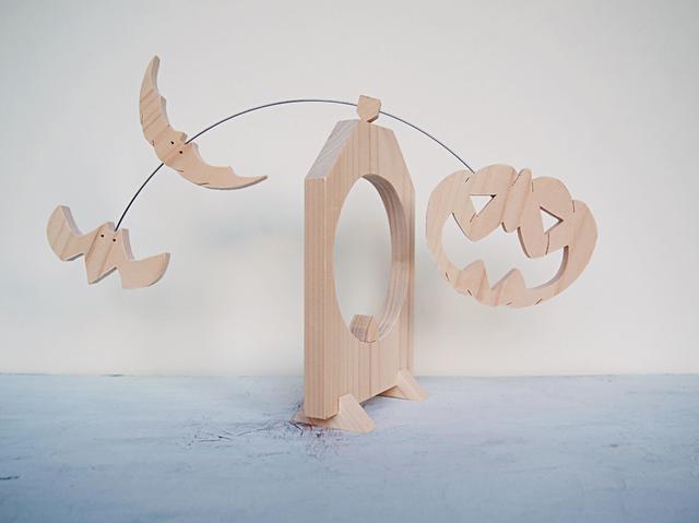 一枚板の組木振子「カボチャ+コウモリ2匹」ハロウィン