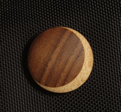 【再販】開始 木のブローチ(三日月タイプ)