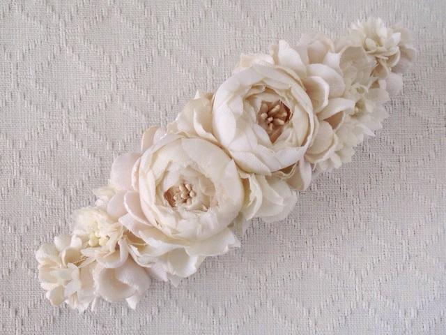 染め花のスリムバレッタ(オフホワイト)