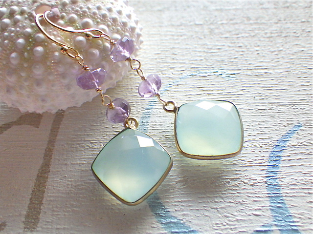 Framed Chalcedony Mermaid Earrings 14kgf