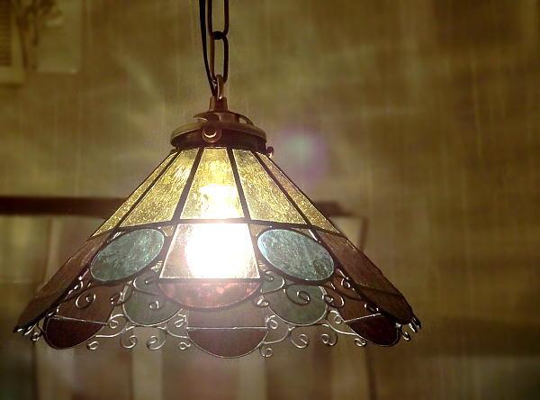 「レトロな花のらんぷ」 ステンドグラス ランプ 照明 ペンダント 再販