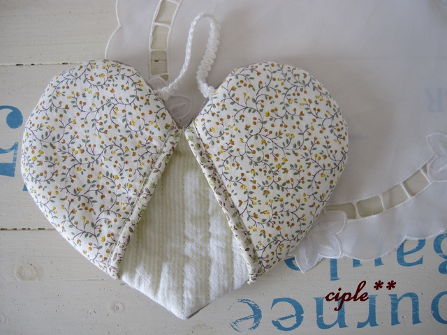 《heart mitten》 ハートのミトン Msize/ 花柄×ストライプ 黄色