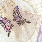 命の蝶のイヤリング〜ドレスに飾る花〜(Earrings of butterfly〜Flowers to decorate the dress〜)