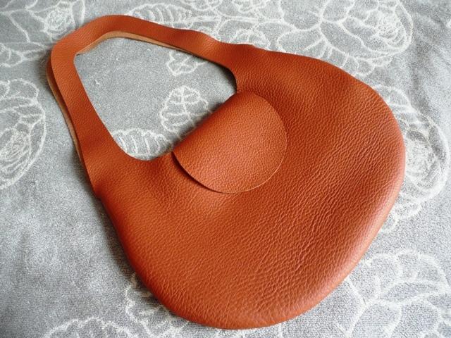 革の袋【新作・大型】トリヨン有機デザインのバッグ NEW!