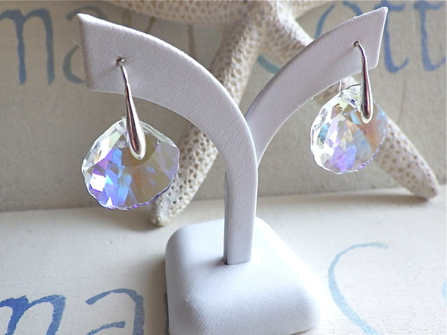 Crystal Seashell Earrings--sv925