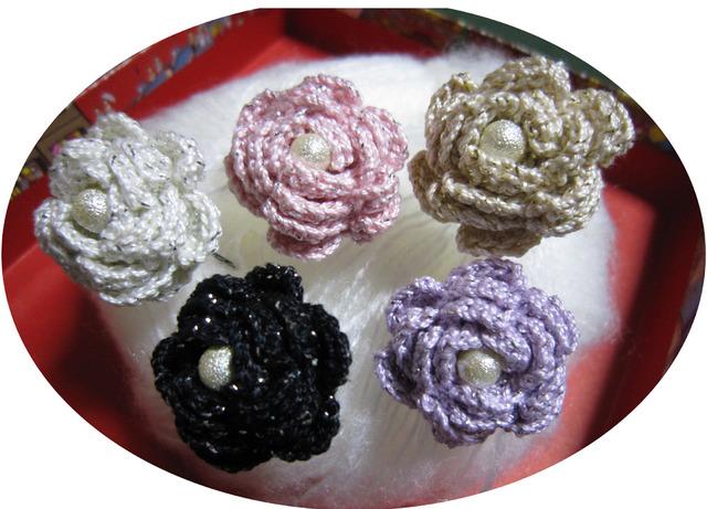 p02_ラメ入りレース糸で編んだバラのUピン 2個セット★お色を選んで かんざし