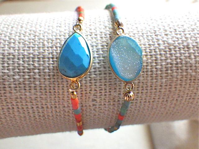 Framed Gemstone Beach Bracelet--ターコイズ