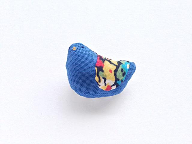 小鳥のブローチ(青3)