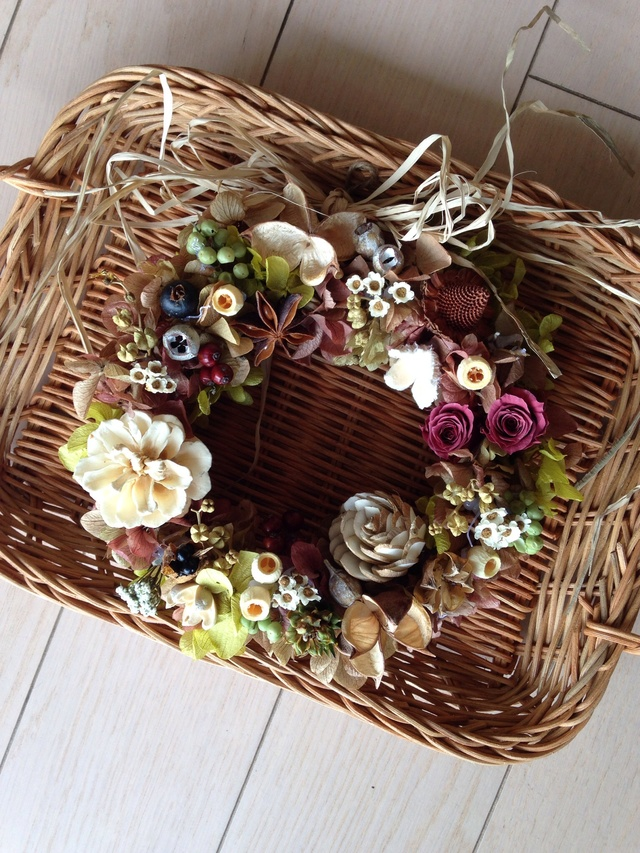 wine color wreath