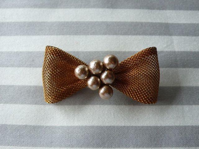 pearl ribbon brooch(コットンパール ベージュ)