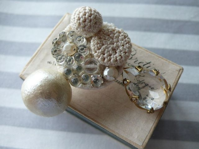 bijoux collage brooch(ビジューコラー...
