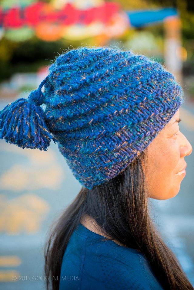 渦巻き帽子(タッセル ブルー)