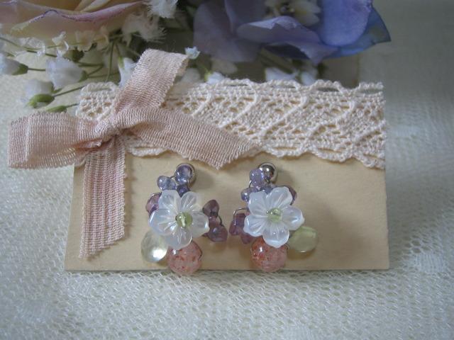 野の花のイヤリング ご予約品