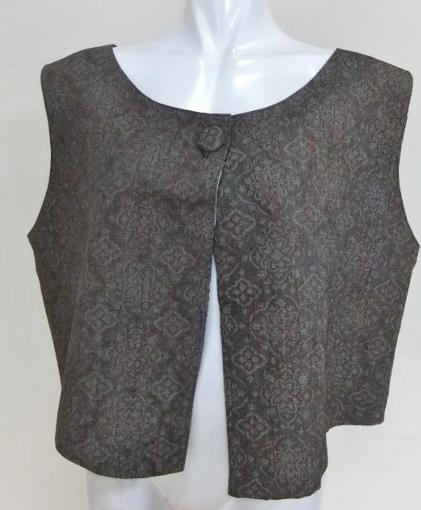 着物リメイク 織りの着物で作った両面ベスト 658