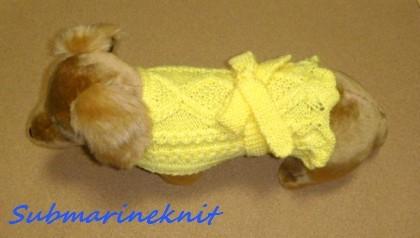 ワンちゃん用手編みマントコート