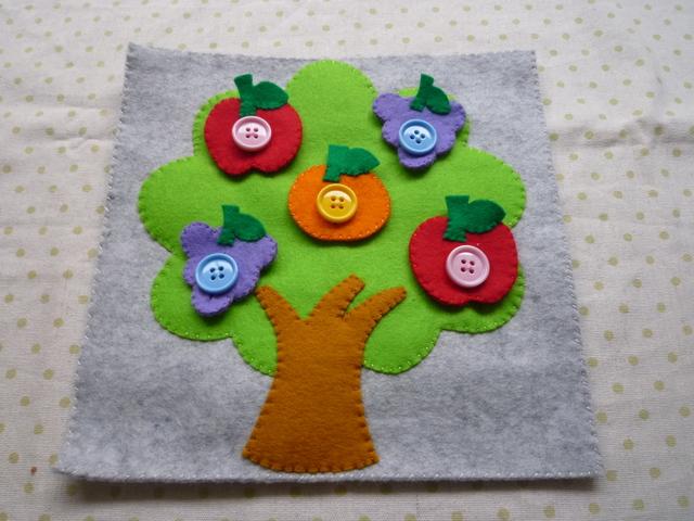 <再販11>フリーツツリーのボタン(りんごピンクボタン)