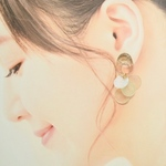 oval shell pierce / earring