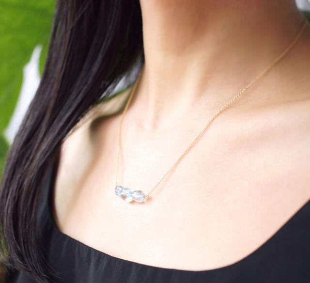 再販】アクアマリンの3粒ネックレス 〜Lara
