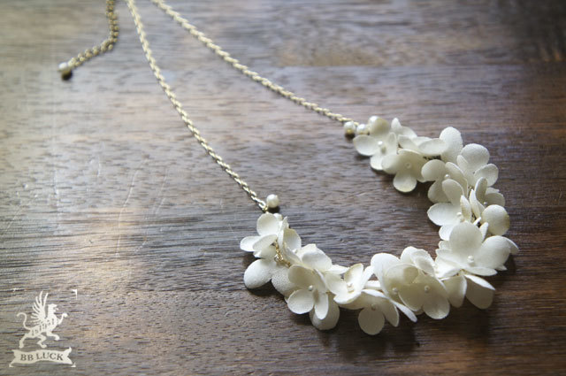 再販 * necklace 【 ちいさな紫陽花と淡水パールのネックレス 】