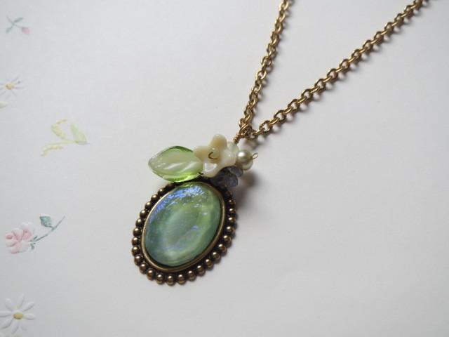 Opal Green~ドラゴンブレスのネックレス