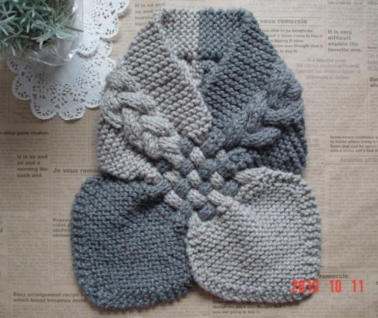 ☆彡グレーの濃淡バイカラーのガーター編みと交差織り