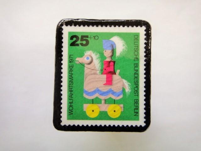 ドイツ1971年 おもちゃ切手ブローチ137