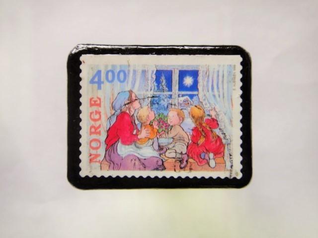 スウェーデン クリスマス切手ブローチ150