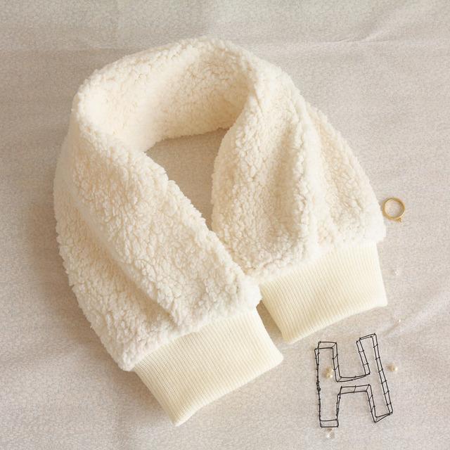 再販! 【お袖みたいなマフラー】 manche・・・ホワイト