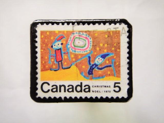 カナダ クリスマス切手ブローチ154