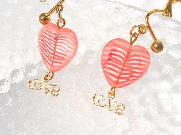 Heart Love  金色のイヤリング