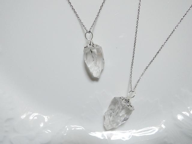 ガーネッシュヒマール産ヒマラヤ水晶ラフカットペンダント☆ 1枚目の画像向かって右側Bのみとなりました。NY産ハーキマーダイヤモンド付きアジャスターありorなしなど。・。・16.4.19更新(890)